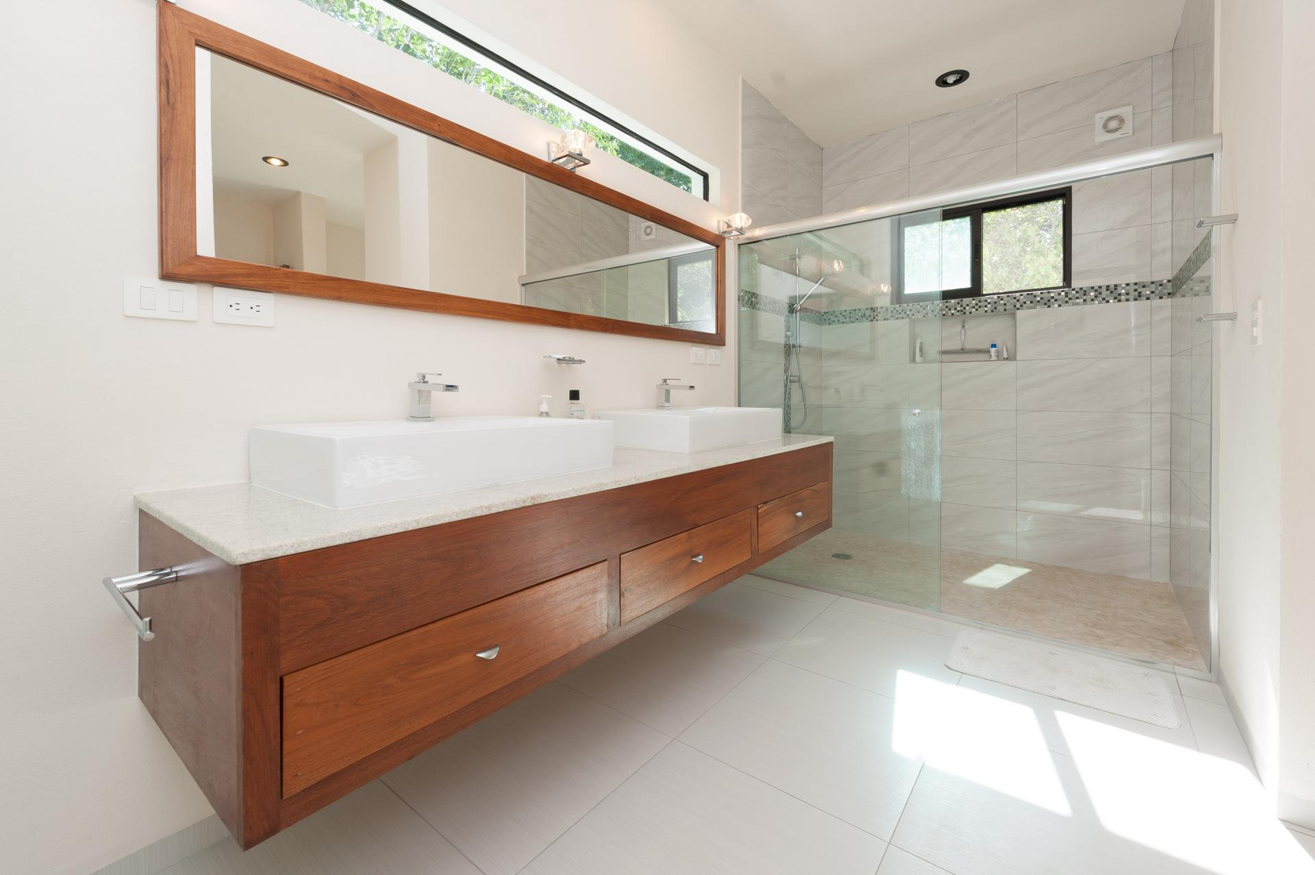Amazing spacious master bathroom