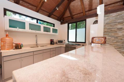 Lovely and fully equipped kitchen